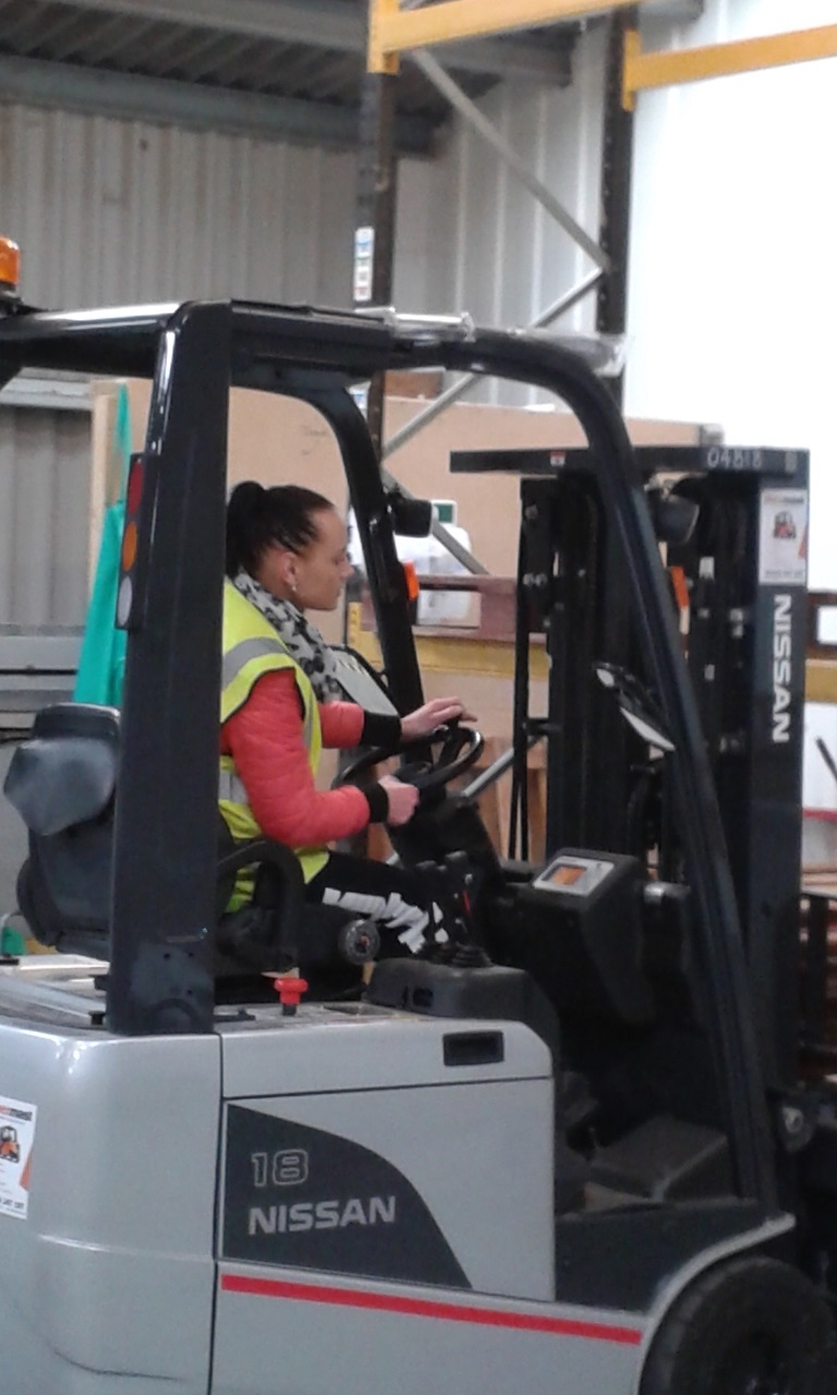 Counterbalance Lift Truck Experienced